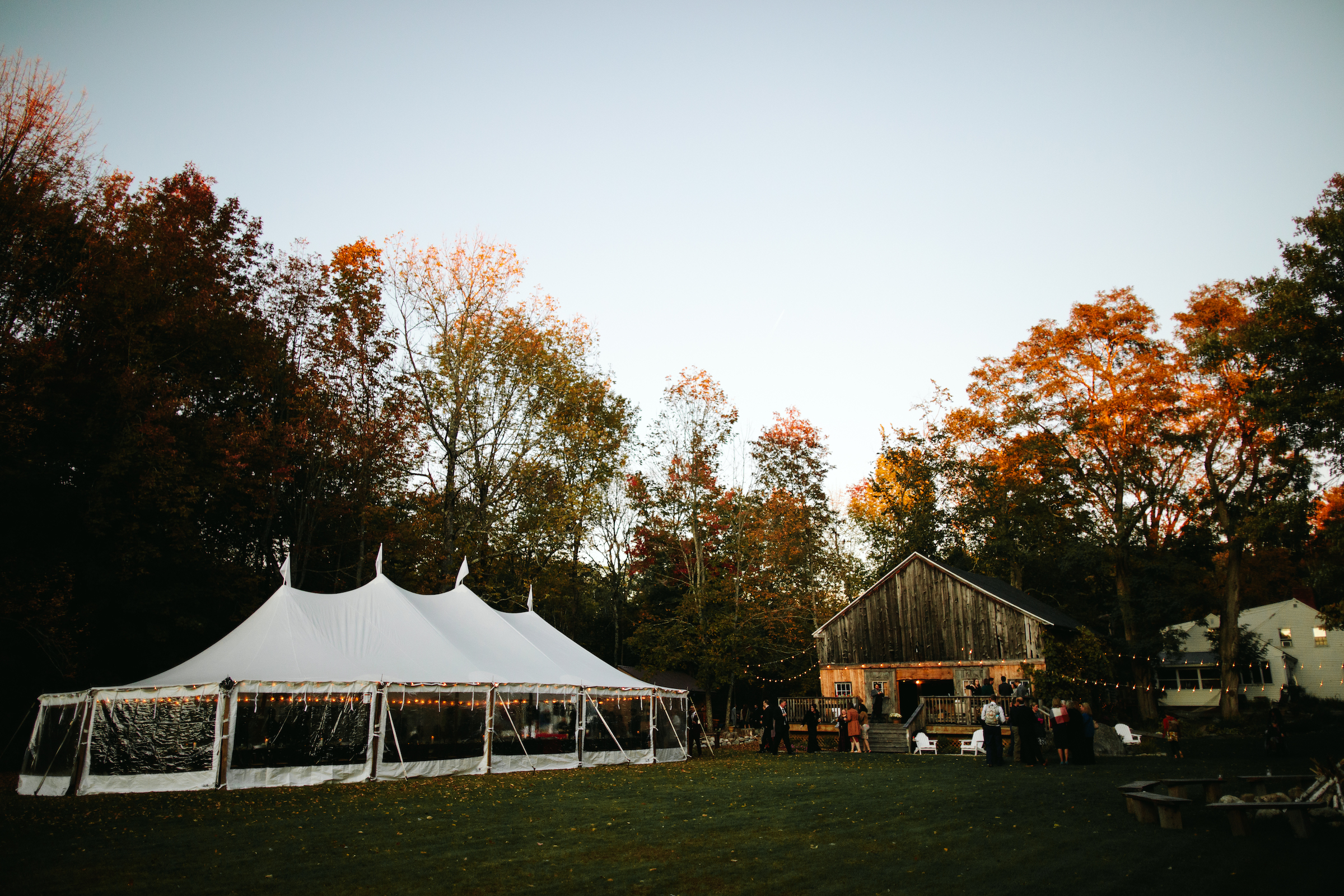 autumn-wedding-in-maine
